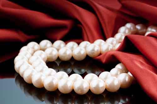 27. Hochzeitstag • Perlenhochzeit » Geschenke, Sprüche, Glückwünsche