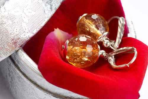 8 Hochzeitstag Blecherne Hochzeit Geschenke Spruche Gluckwunsche