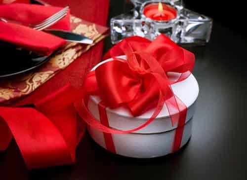 ... in Tonvase Weitere Geschenkideen: Geschenke zum Hochzeitstag